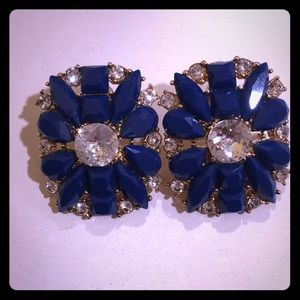 New without tags Kate Spade flower earrings